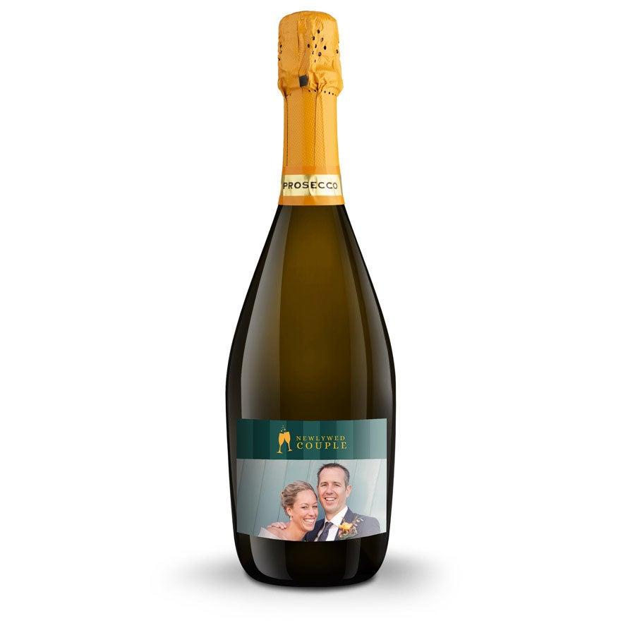 Individuellleckereien - Wein mit eigenem Etikett Riondo Prosecco Spumante - Onlineshop YourSurprise