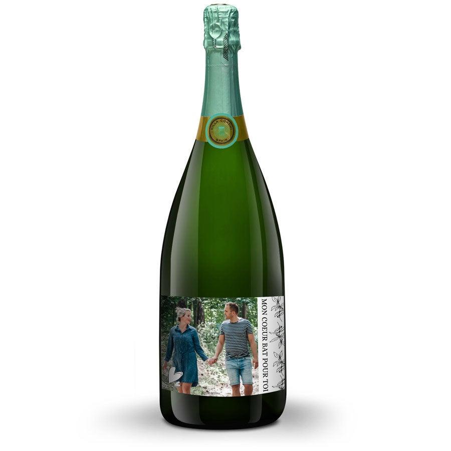 Bouteille de vin mousseux Cava Villa Conchi Magnum avec étiquette personnalisée