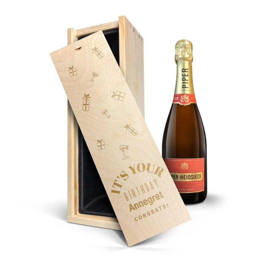 Champagner in gravierter Holzkiste - Piper Heidsieck Brut (750ml)