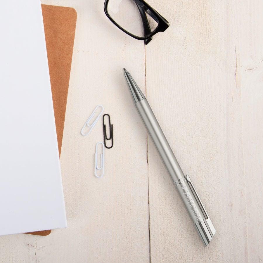 Viva Pens - Tess - Kugelschreiber - Rechtshänder  (Silberfarben)