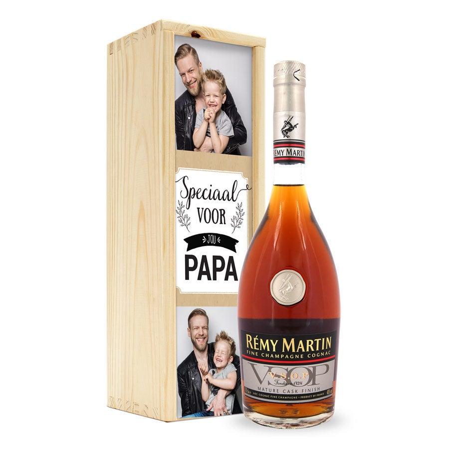 Cognac in bedrukte kist - Rémy Martin VSOP
