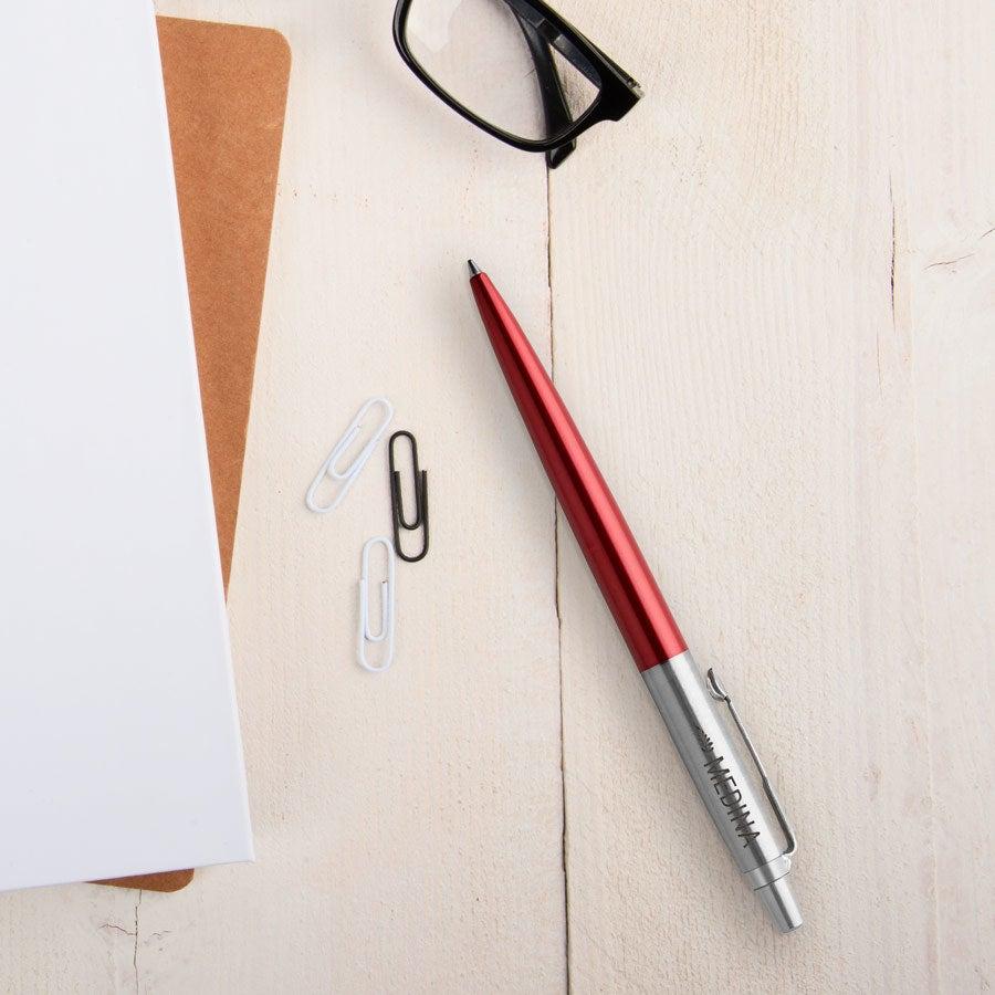 Individuellbesonders - Parker Jotter Kugelschreiber Rechtshänder (Rot) - Onlineshop YourSurprise