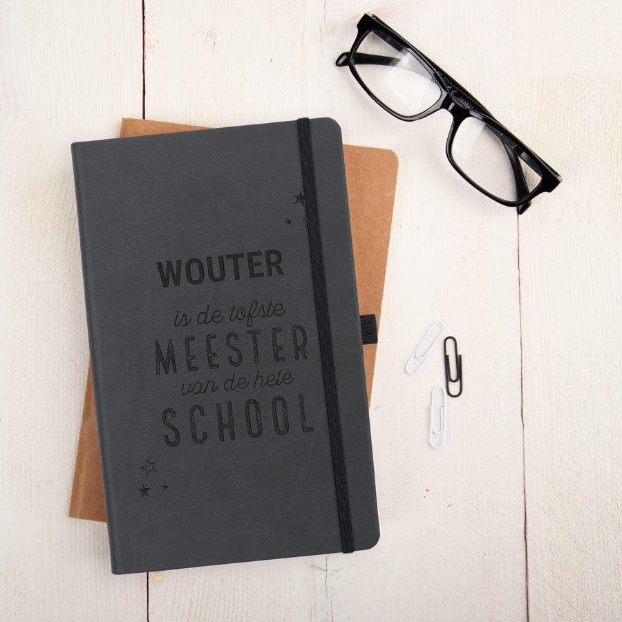 Juf / Meester notitieboekje gravure - Zwart