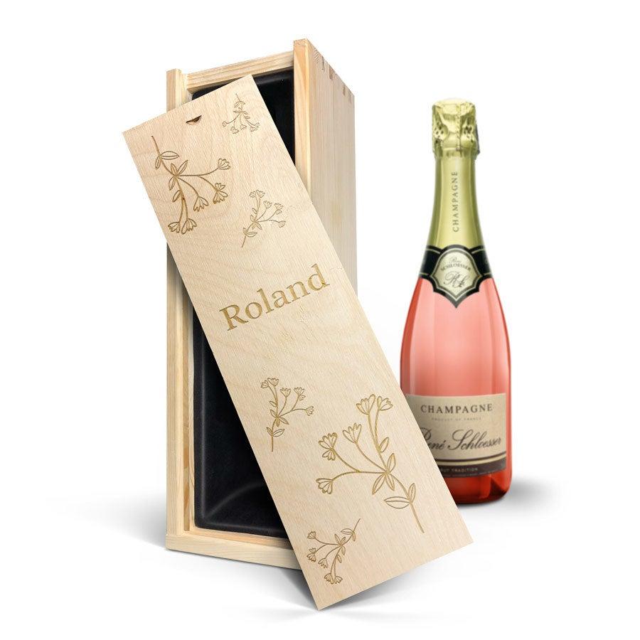 Individuellleckereien - Rosé Champagner mit gravierter Kiste René Schloesser (750 ml) - Onlineshop YourSurprise