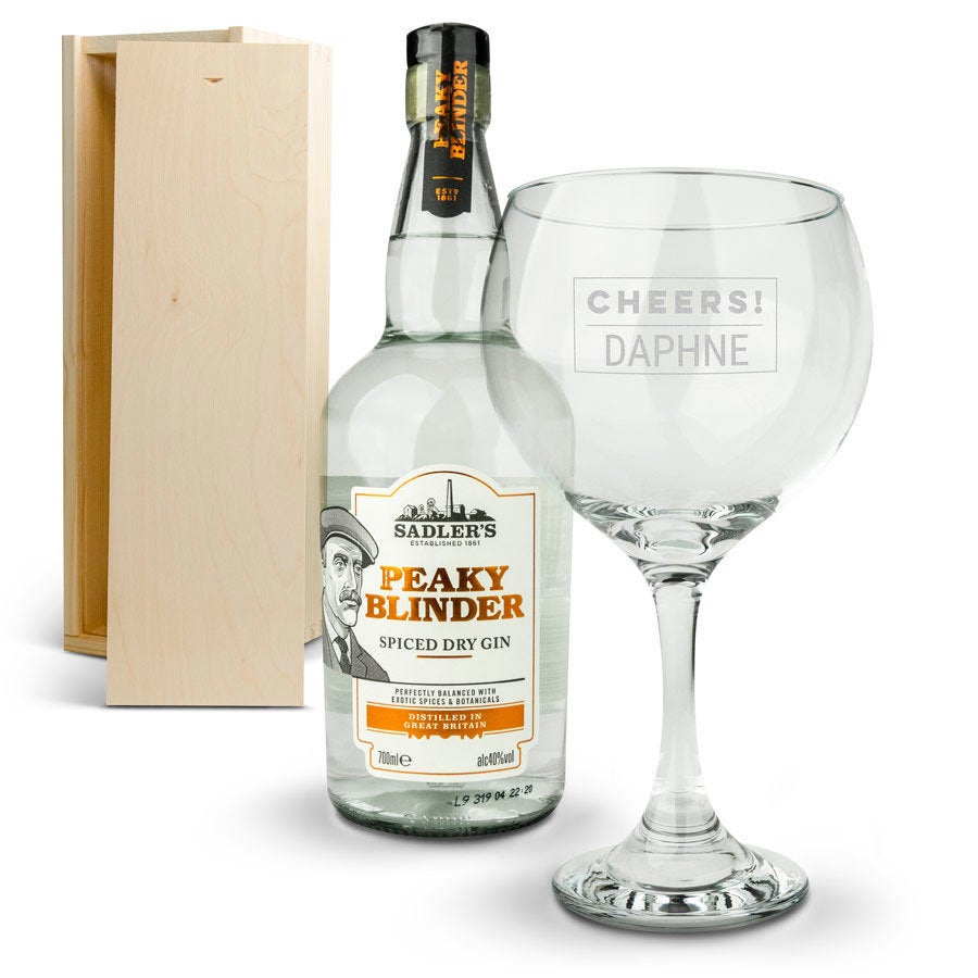 Peaky Blinders gin set - with engraved glass