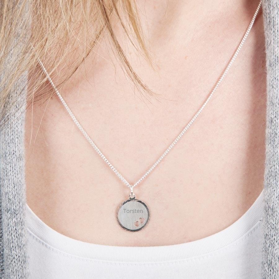 Silberkette mit Gravur - Rund mit Herzchen