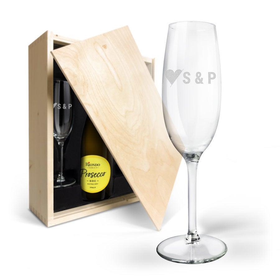 Coffret bouteille Riondo Prosecco Spumante 750ml et 2 flûtes gravées
