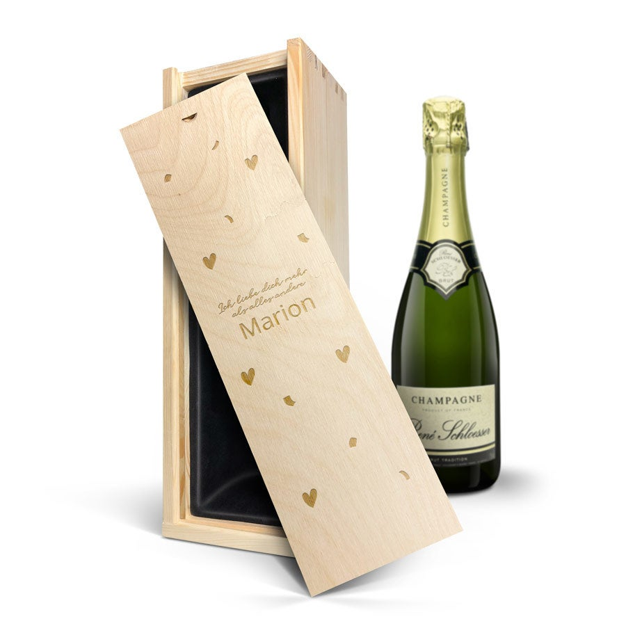 Individuellleckereien - Champagner in gravierter Kiste Rene Schloesser (750 ml) - Onlineshop YourSurprise