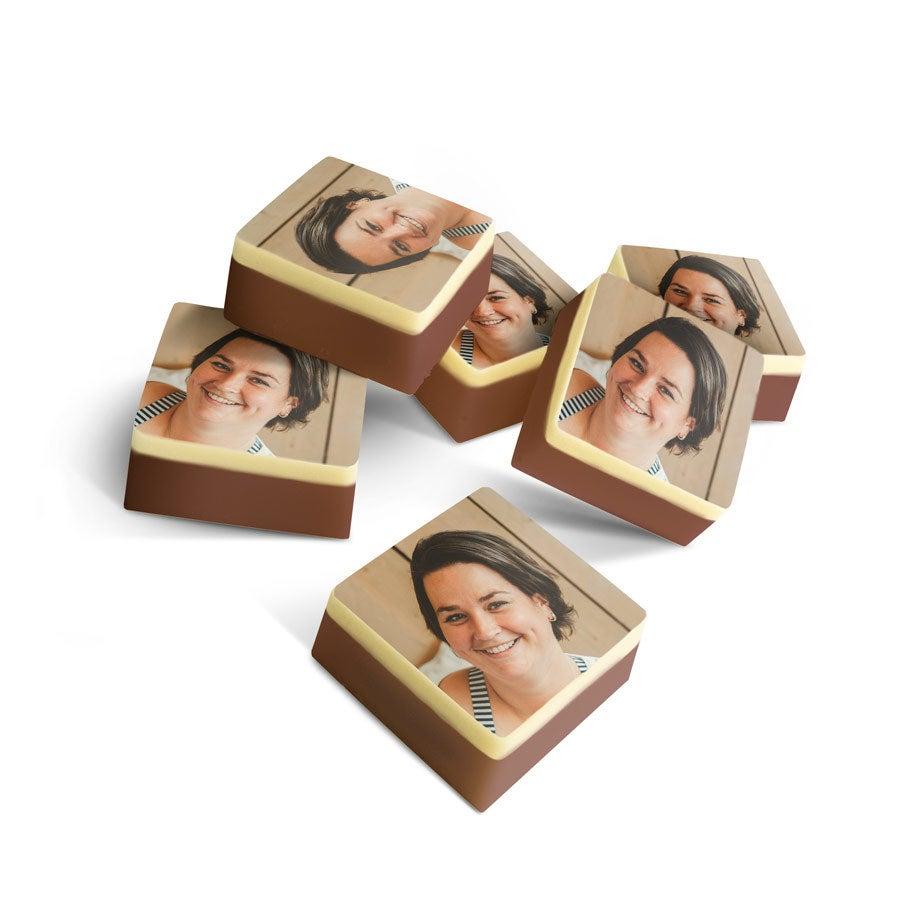 Chocolats personnalisés - Carré massif - 24 pièces