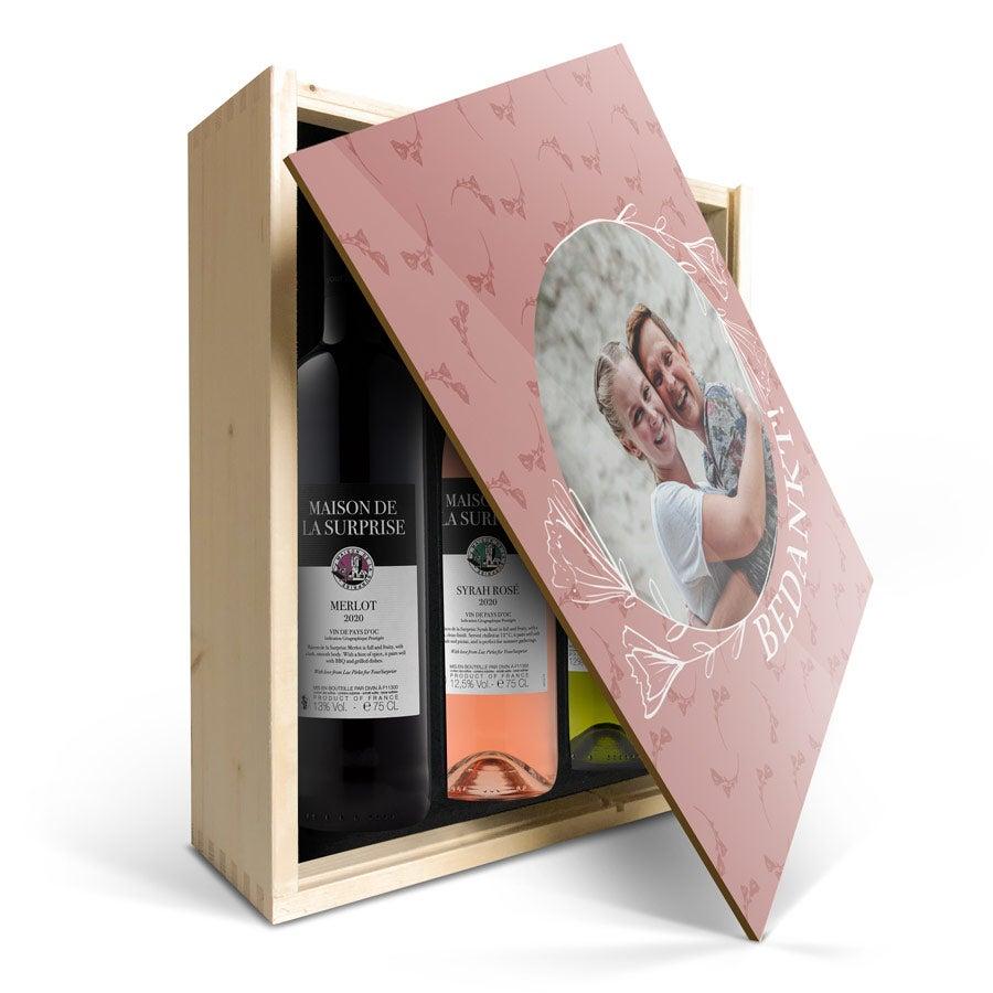 Wijnpakket in bedrukte kist - Maison de la Surprise - Merlot, Syrah en Sauvignon Blanc