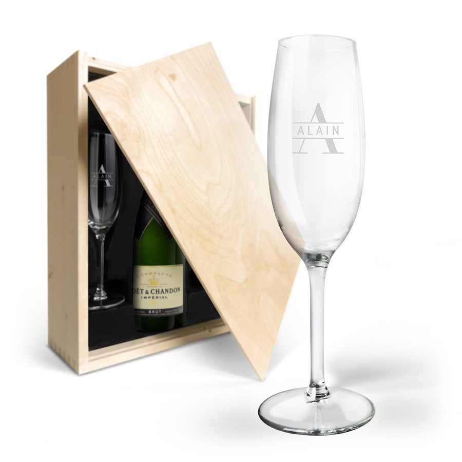 Coffret Champagne & 2 flûtes - Moët & Chandon Brut (750 ml) - Couvercle imprimé