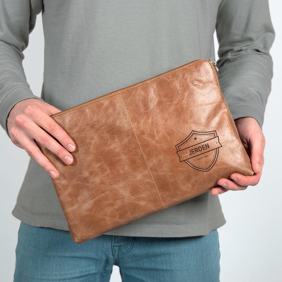 Leren laptophoes graveren - Bruin (11 inch)