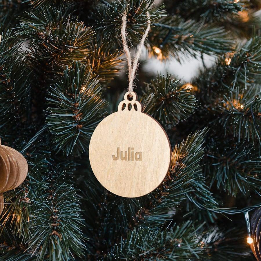 Indgraveret julepynt i træ – cirkel– 4 stk.