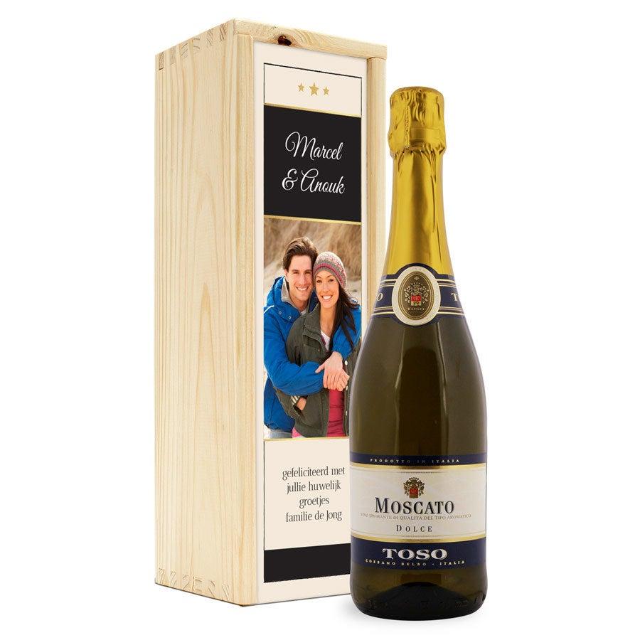 Wijn - Moscato Toso - in bedrukte kist