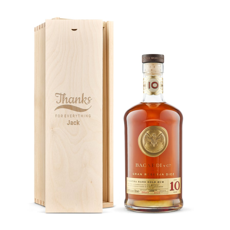 Rum in engraved case - Bacardi Reserva Diez