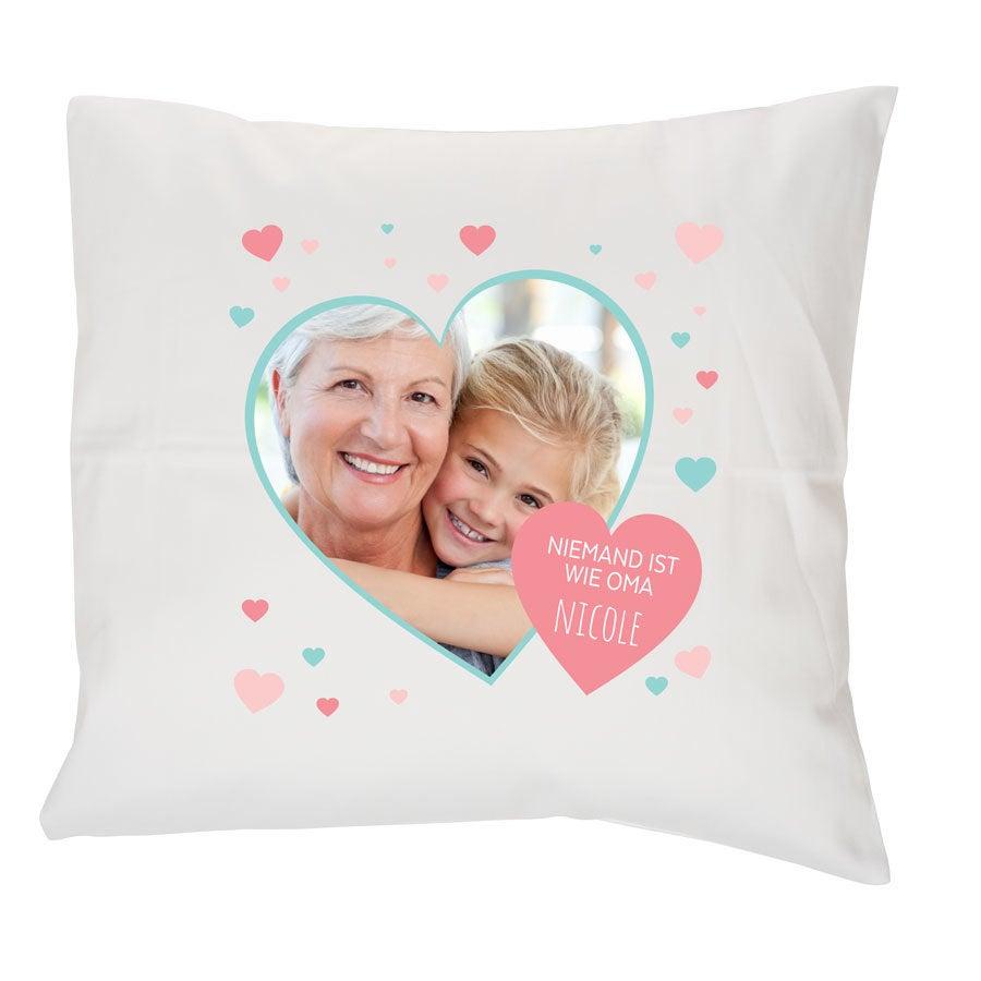 Individuellwohnzubehör - Oma Kissen Weiß 40x40cm - Onlineshop YourSurprise