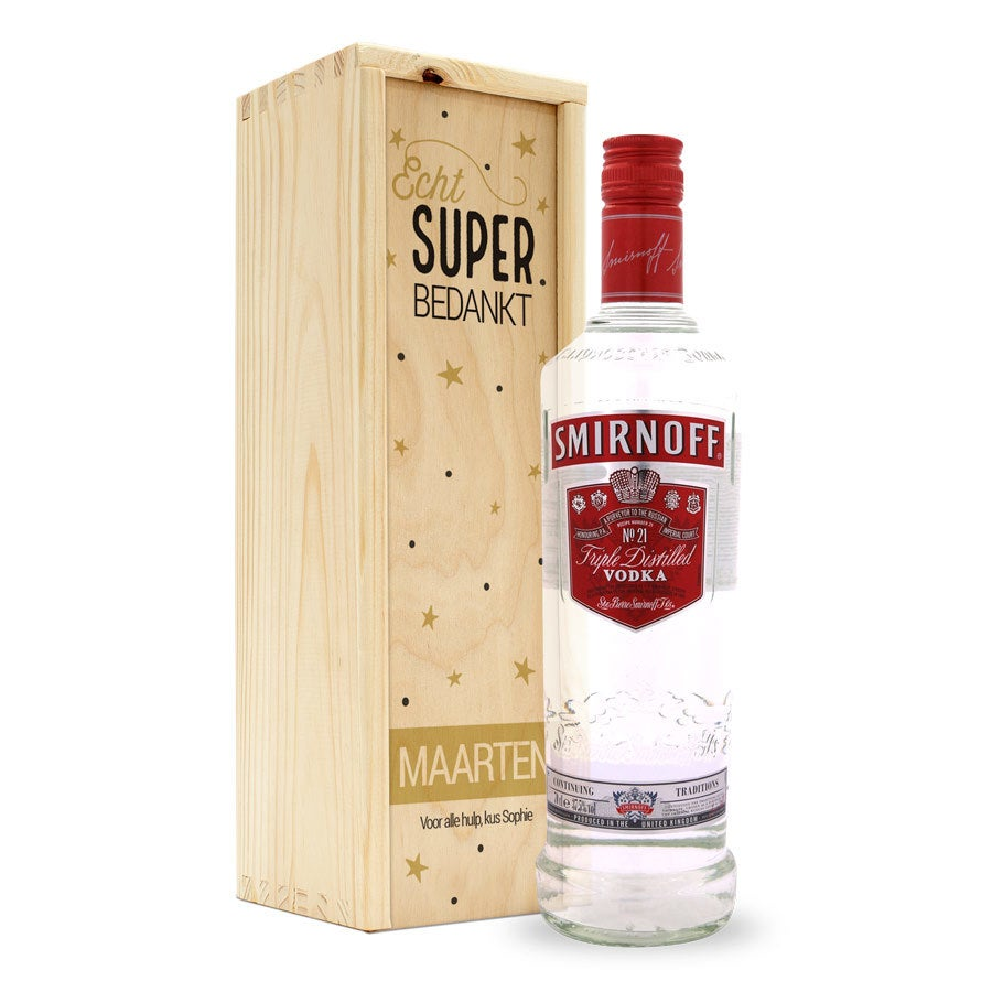 Vodka in bedrukte kist - Smirnoff