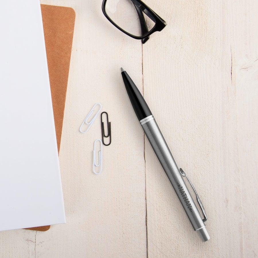Parker - długopis Urban Metro - srebrny (praworęczny)