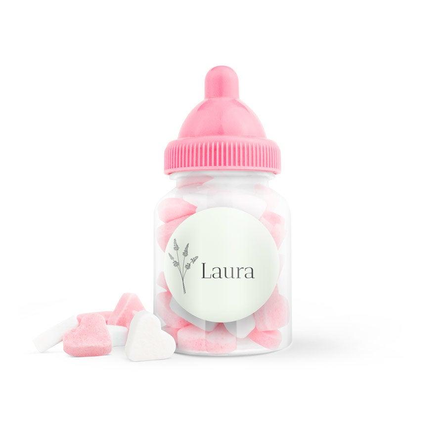 Suikerhartjes in bedrukt babyflesje (roze) - 20 stuks