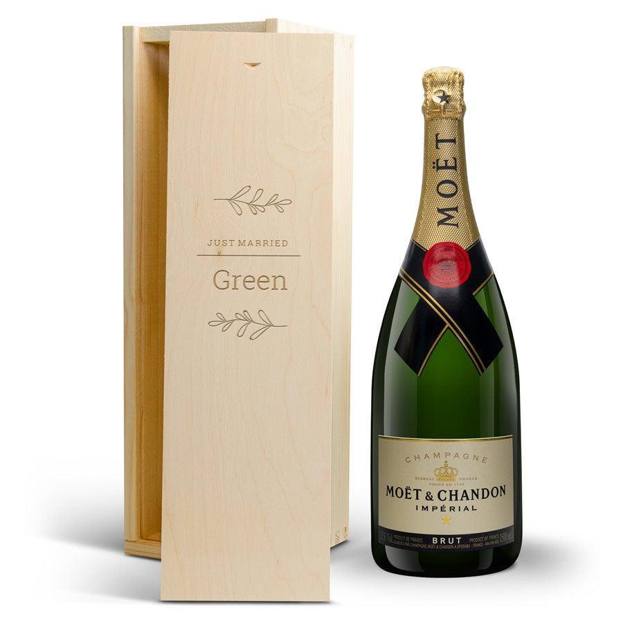 Champagne i indgraveret kasse - Moët & Chandon (1500 ml)