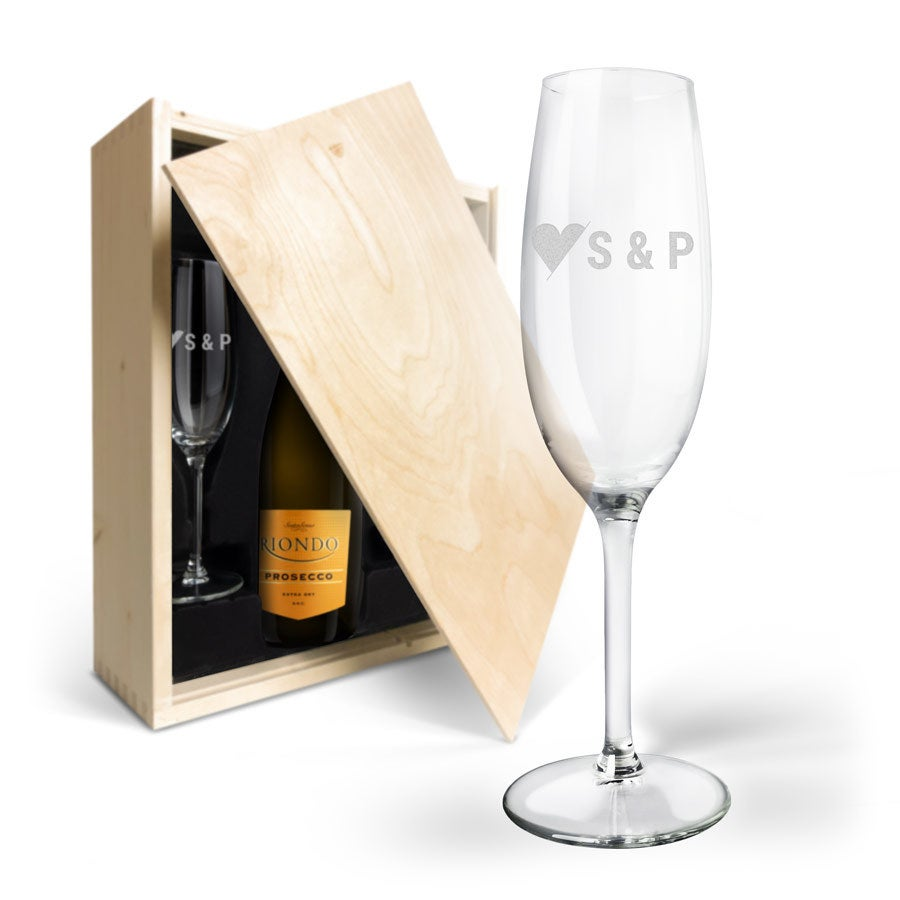 Champagne gift set with engraved glasses - Riondo Prosecco Spumante