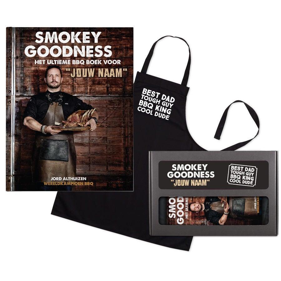 Smokey Goodness BBQ boek met naam en foto - Cadeaupakket voor papa's