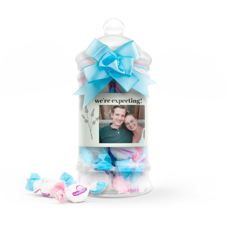 Gender reveal sweets in personalised bottle - Boy