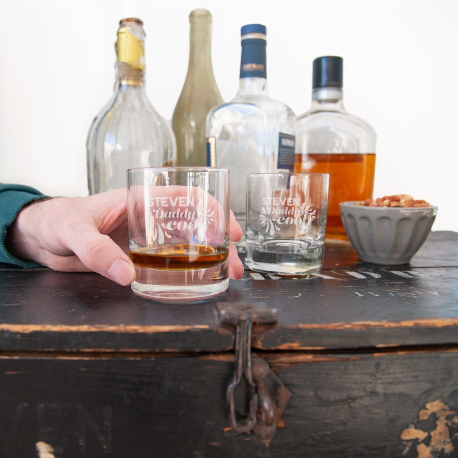 Graverade whiskyglas - Farsdag