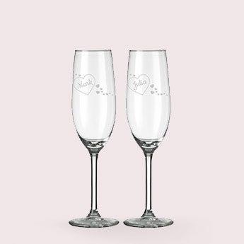 Graverade champagneglas