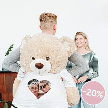 Obrovský medvěd