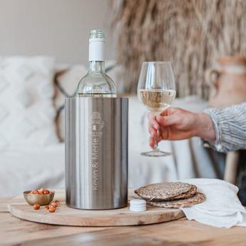 wijnkoeler en heerlijke fles wijn