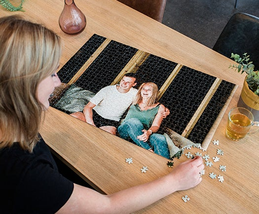 Personalised photo jigsaw puzzles