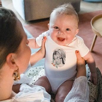 O primeiro Dia da Mãe para uma mãe